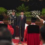 Presiden Jokowi Saksikan Pengucapan Sumpah Dua Hakim Konstitusi