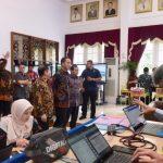 Presiden Jokowi Tinjau Integrated Digital Work di Bappenas