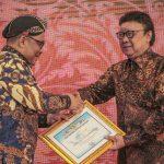 Kemensos Raih Penghargaan dalam Pengelolaan Kearsipan