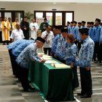 Barantan: Melantik dan Mengambil Sumpah 353 PNS dan Pejabat Fungsional