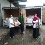 Antisipasi Dampak Corona, Pelindo 1 Sinergi dengan Poldasu Salurkan Bantuan Sembako ke Masyarakat