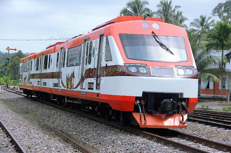 Mulai 25 April 2020 Seluruh Perjalanan KA di Wilayah Divre II Sumatera Barat Dibatalkan Kecuali KA Angkutan Barang 1