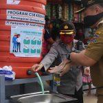 Tangani Dampak Covid-19, Pertamina EP Asset 4 Poleng Field Serahkan 20 Unit Tempat Cuci Tangan Portable