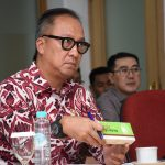 Industri Farmasi dan Alat Kesehatan Masuk Program Making Indonesia 4.0