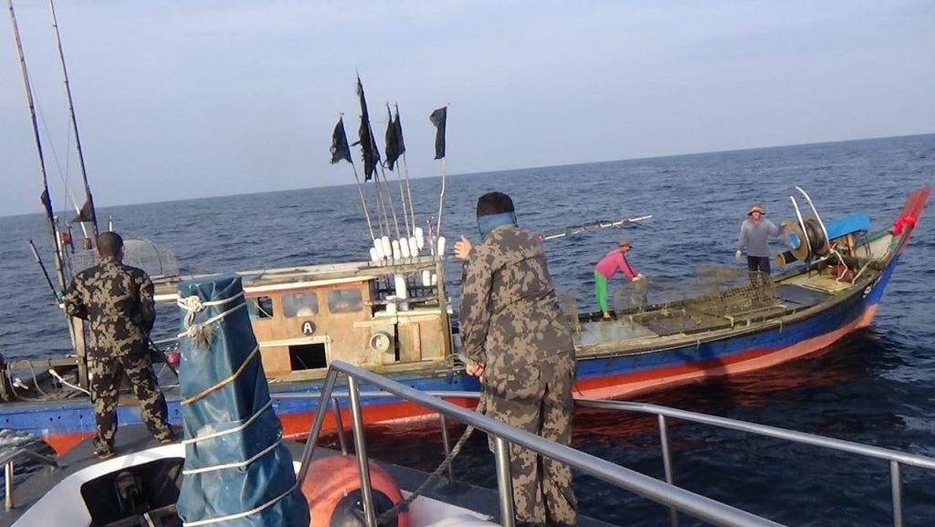 Patroli Kapal Pengawas Perikanan Kembali Tangkap Dua Kapal Asing Ilegal 1