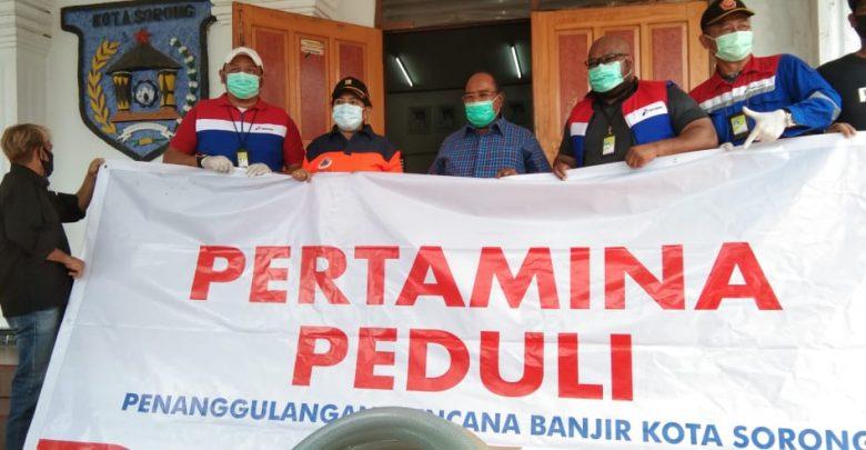 Lanjutkan Bantuan, Pertamina Distribusikan Paket Sembako di 11 Titik Bencana Banjir dan Tanah Longsor Kota Sorong 1