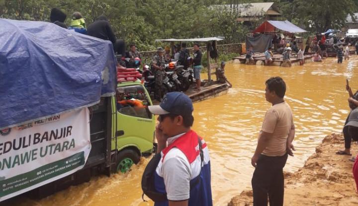 Pertamina Serahkan Bantuan bagi Masyarakat Korban Banjir di Kabupaten Konawe, Sulawesi Tenggara 1