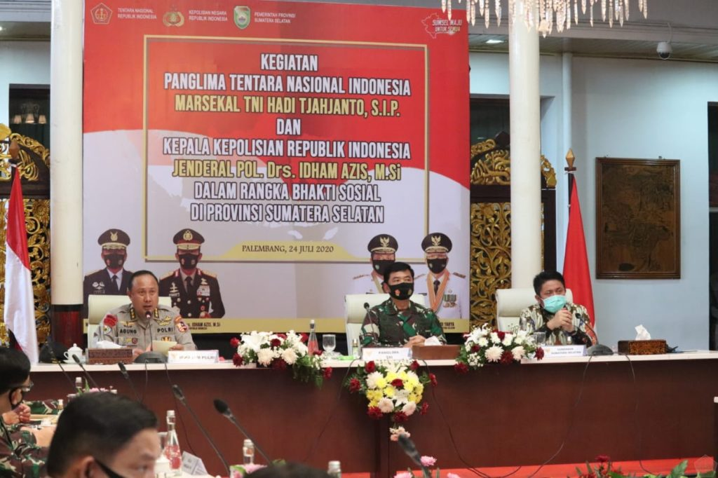 Panglima TNI : Pertumbuhan Ekonomi Tidak Boleh Mengurangi Kewaspadaan Penanganan Covid-19 1