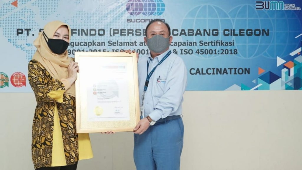 SUCOFINDO Serahkan Sertifikat SNI ISO Series untuk PT Krakatau Posco Chemical Calcination 1