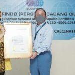 SUCOFINDO Serahkan Sertifikat SNI ISO Series untuk PT Krakatau Posco Chemical Calcination