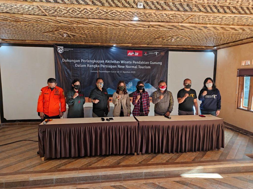 Kemenparekraf Dorong Pendaki Gunung Terapkan Protokol Kesehatan Berbasis CHSE 1