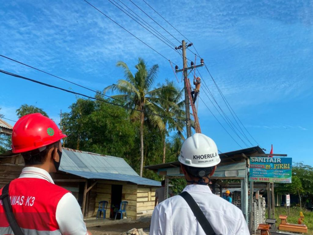 PLN Listriki 7 Desa di Pulau Nias 1