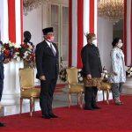 Panglima TNI Hadiri Upacara Penurunan Bendera Merah Putih di Istana Negara