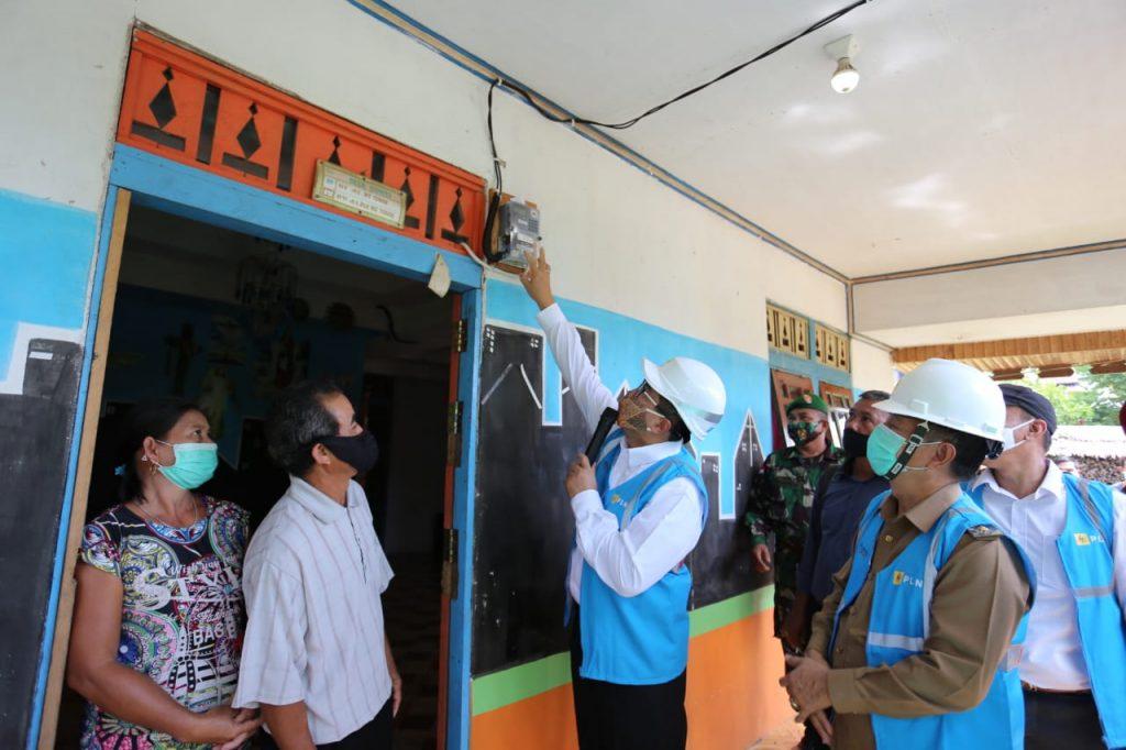 Rasio Desa Berlistrik Kabupaten Mempawah Capai 100 Persen 1