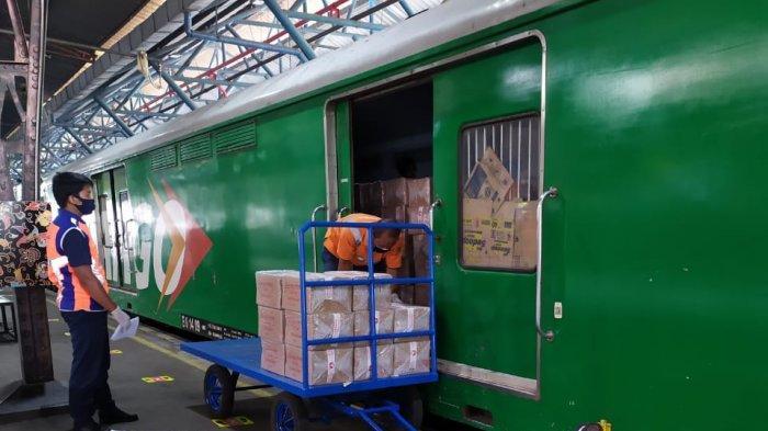 Sambut HUT RI Ke-75, KAI Berikan Diskon Angkutan Barang via Rail Express 1