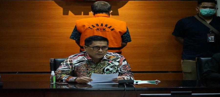 KPK Tahan Tersangka Dugaan Penerimaan Gratifikasi di Kabupaten Subang 1