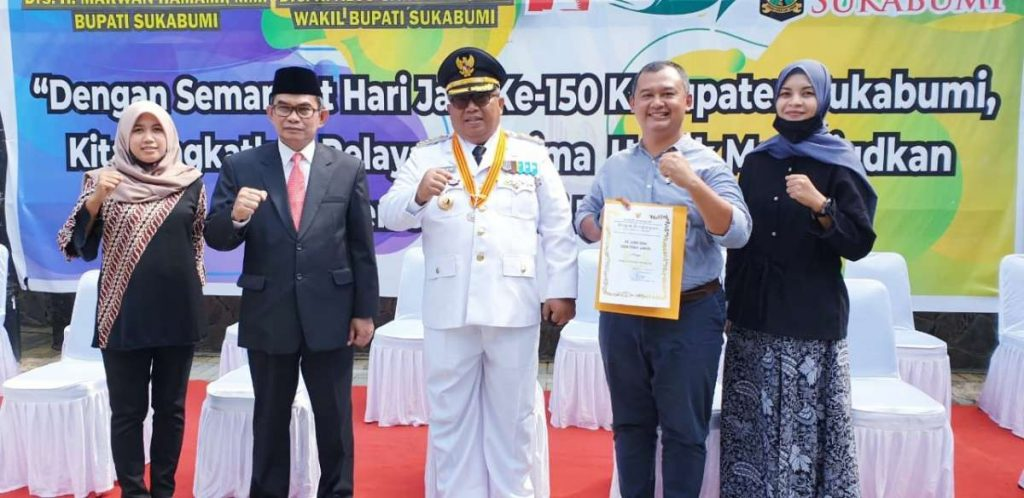 SCG Berhasil Memperoleh Predikat Perusahaan Terbaik dari Pemda Kabupaten Sukabumi Atas Peran Aktif Perusahaan terhadap Pembangunan Masyarakat Berkelanjutan 1