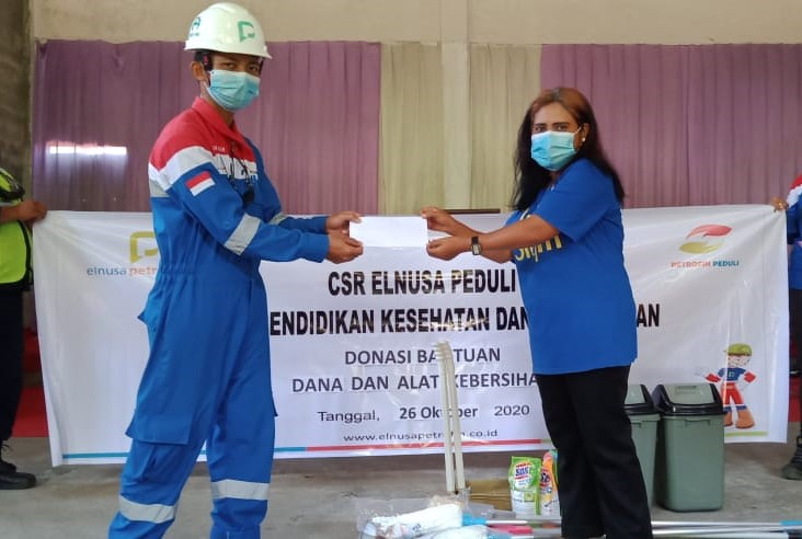 CSR Petrofin Resik Bagikan Ratusan Alat Kebersihan dan Santunan untuk Rumah Ibadah di Seluruh Indonesia 1